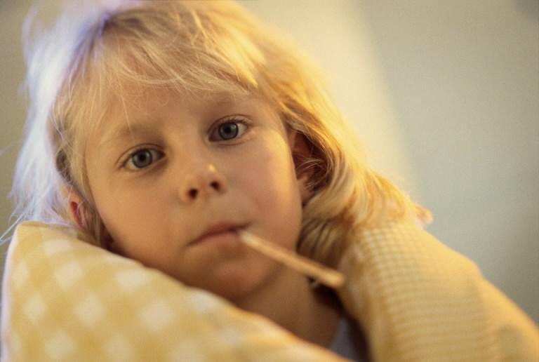 Установлена причина развития гепатита В у детей