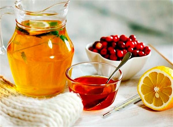 Горячий чай с лимоном опасен при гриппе и ОРВИ