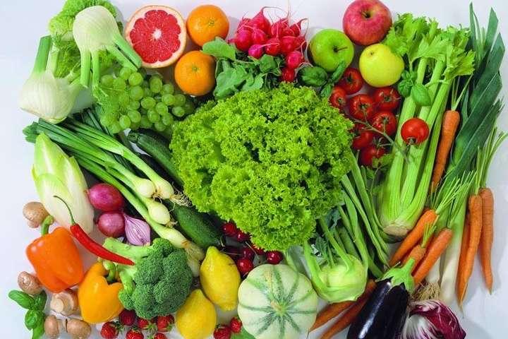 Яка небезпека ховається у свіжих овочах та зелені